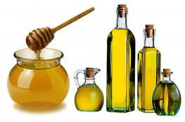 بالصور ..اهم وصفات طبيعية بالعسل للعناية بالشعر وعلاج مشاكله