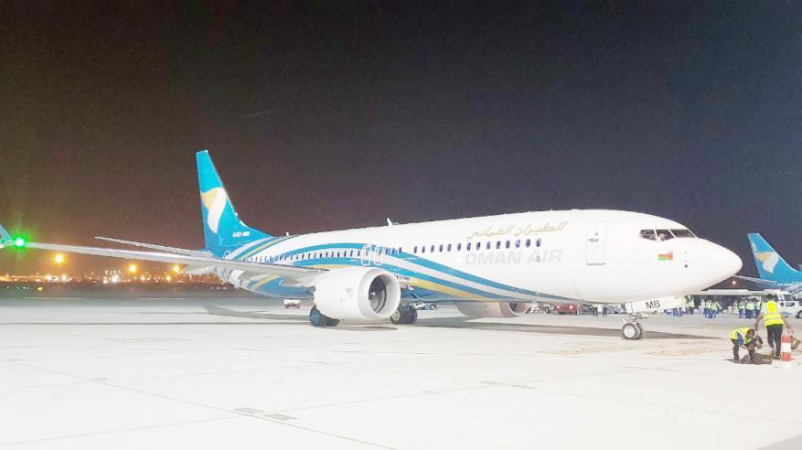 """الطيران العماني يستلم """"بوينغ 737 ماكس"""" الثانية ضمن طلبية الـ 30 طائرة"""