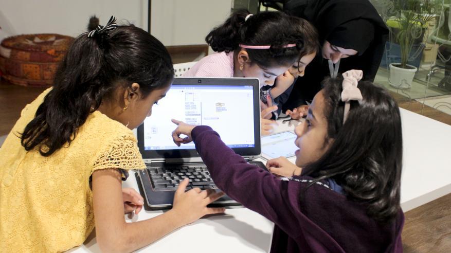 """""""بي.بي. عمان"""" تدعم مبادرات وبرامج """"القرية الهندسية"""""""