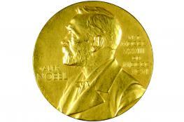 """جائزة نوبل في الاقتصاد تشجع العالم على الانحياز للادخار على حساب """"العواطف"""""""