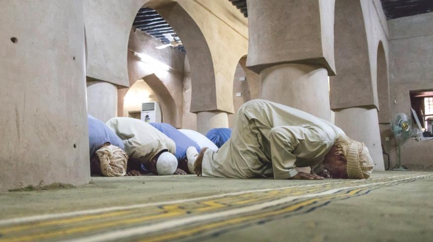 مختصون بعلم النفس: رمضان يمنح الصائم قوة إرادة للتغيير