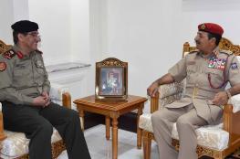 النبهاني يستعرض العلاقات مع مسؤول عسكري كويتي
