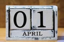"""تعرف على قصة """"كذبة أبريل"""""""