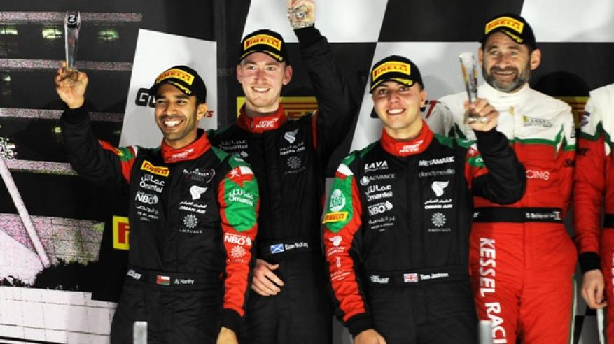 عمان لسباقات السيارات يتوج بالمركز الثاني في سباق الخليج 12 ساعة