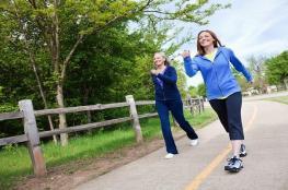 المشي السريع لمدة 20 دقيقة يحد من خطر السرطان