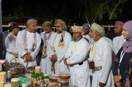 إقبال كبير من المواطنين والسياح على فعاليات مهرجان مطرح التراثي السياحي