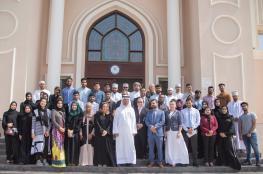 """حلقة نقاشية في """"طيران السلام"""" حول تمكين الشباب العماني"""
