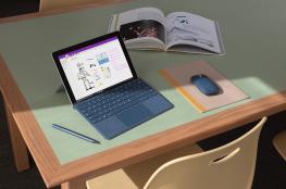 """""""مايكروسوفت"""" تطرح """"Surface Go"""" بالسلطنة"""