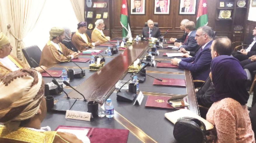 مباحثات عُمانية أردنية لتعزيز التعاون البرلماني ودعم العلاقات الثنائية في مختلف المجالات