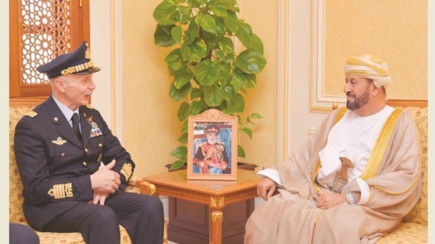 بدر بن سعود يستعرض التعاون مع رئيس أركان سلاح الجو الإيطالي