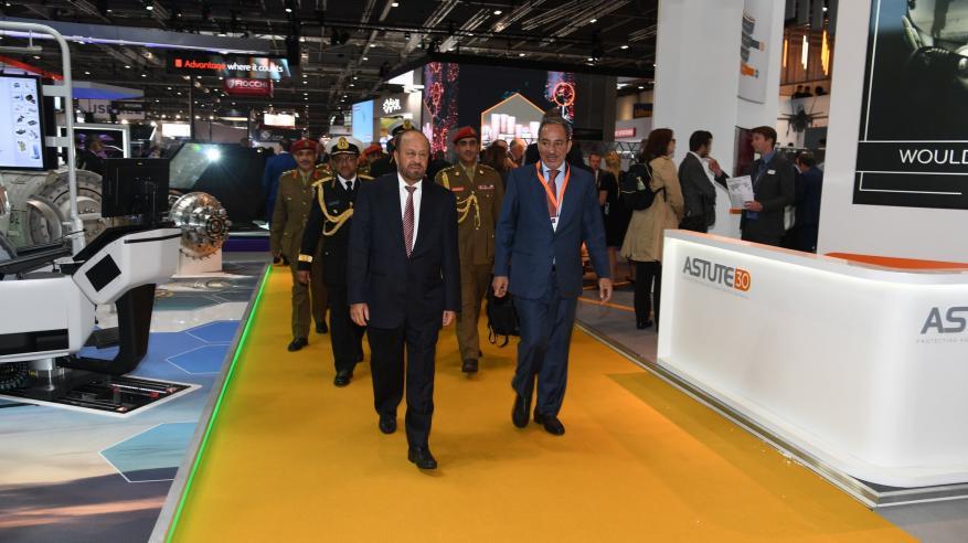 بدر بن سعود يزور المركز الوطني البريطاني للأمن السيبراني