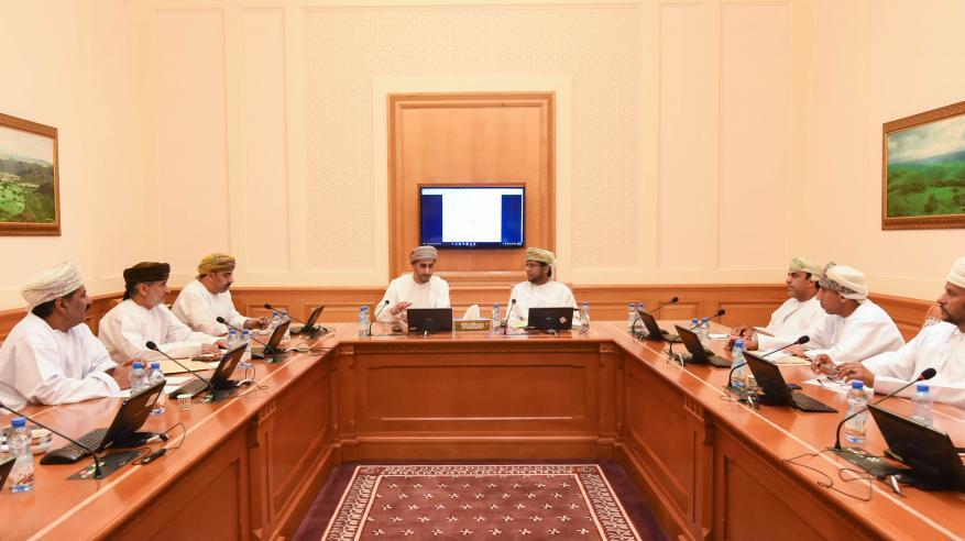 """""""اقتصادية الشورى"""" تستعرض هيكلة قطاعي النفط والكهرباء لتعزيز الإسهام في الاقتصاد الوطني"""