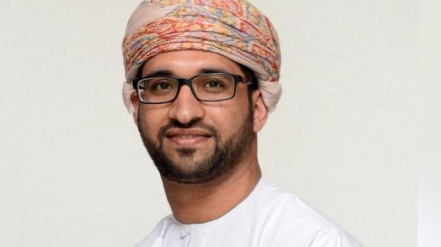 """أكاديمي عماني يحصل على """"جائزة المواطن العالمي"""""""