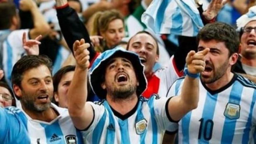الأرجنتين تطلب من روسيا ترحيل مشجعين في شجار