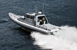 """""""خفر السواحل"""" تقدم المساعدة لـ10 أشخاص.. وتضبط قوارب تهريب"""