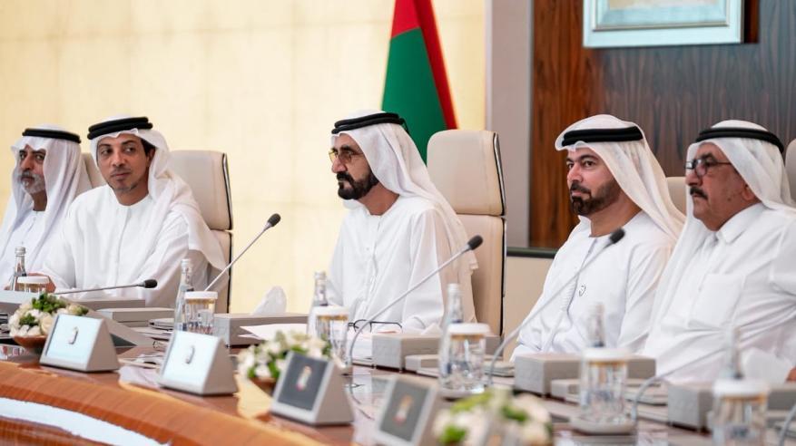 مغردون إماراتيون يثيرون غضب حاكم دبي ووزير الخارجية
