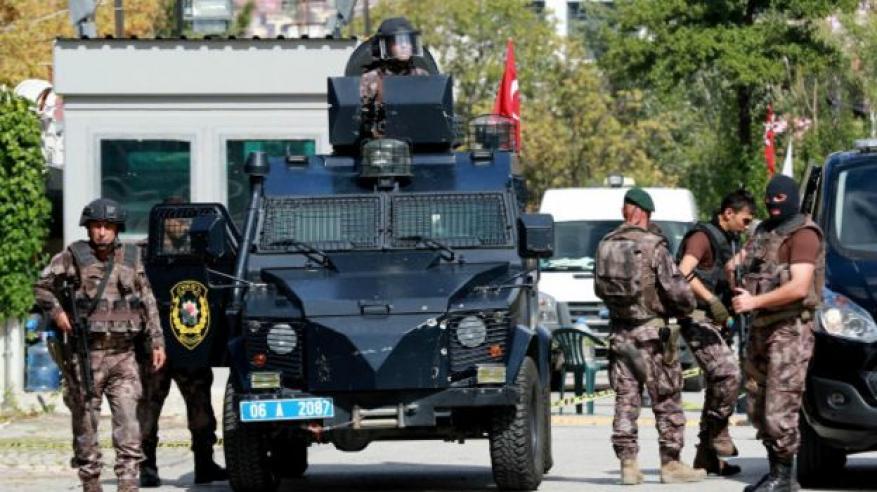 تركيا: إطلاق النار على شخص حاول اقتحام سفارة إسرائيل في أنقرة