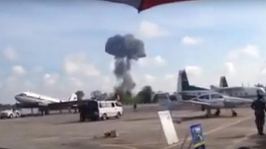 بالفيديو.. تحطم طائرة ومقتل قائدها خلال عرض جوي في تايلاند