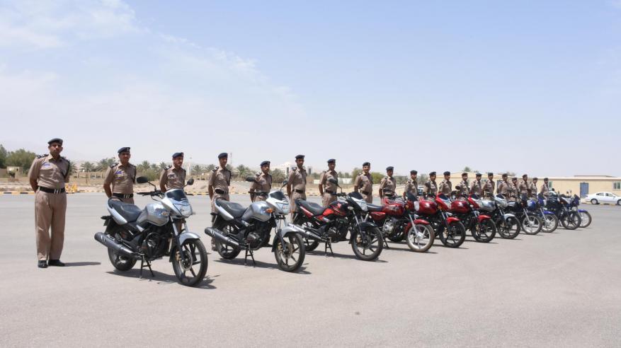 معهد السلامة المرورية يختتم برنامج سياقة الدراجات النارية