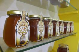35 مشاركا يستعرضون منتجاتهم في سوق العسل العماني اليوم