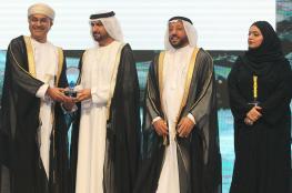 تتويج بنك مسقط بجائزة الشارقة للتميّز الاقتصادي لأفضل 10 منشآت خليجية