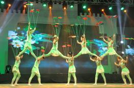 """عروض """"قوانجشي الصينية"""" تحقق التواصل والفرح لزوار النسيم"""