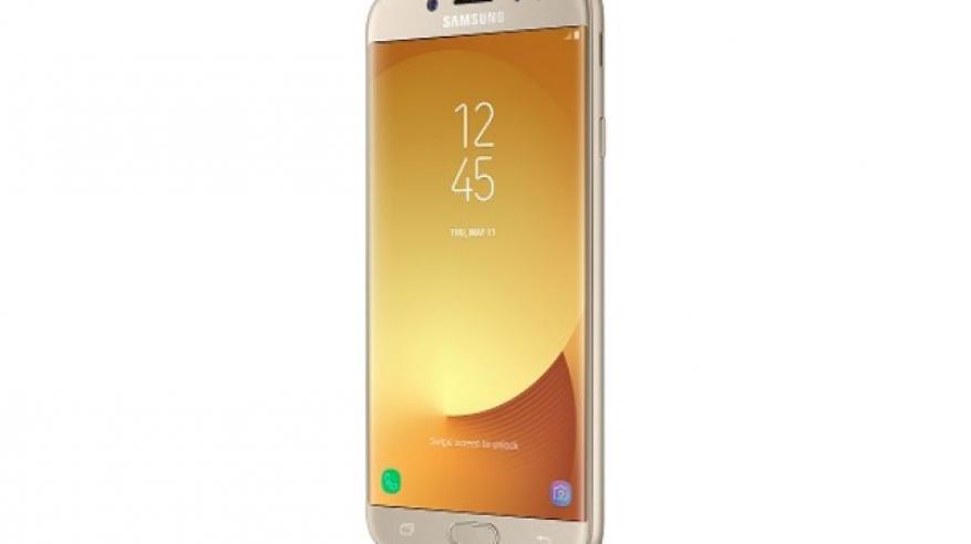 """""""سامسونج"""" تطرح """"Galaxy J Pro Series"""" الجديدة في السلطنة"""