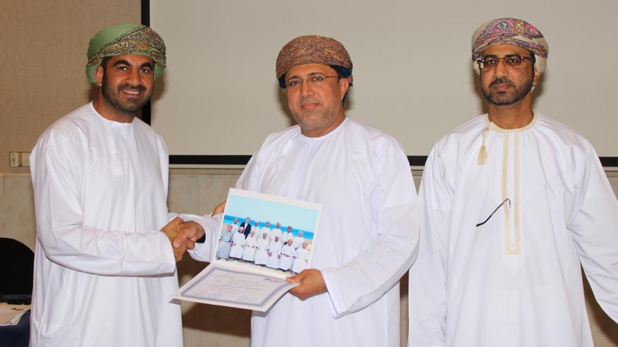 """""""عمان للحوكمة والاستدامة"""" يكرم المشاركين في ختام برنامج تنمية مهارات أعضاء مجالس الإدارات"""