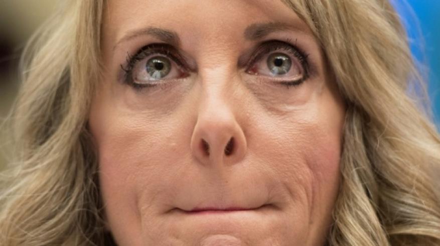 استقالة رئيسة الاتحاد الأمريكي للجمباز بعد فضيحة تحرش جنسي