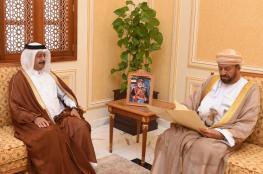 الوزير المسؤول عن شؤون الدفاع يتلقى رسالة خطية من قطر