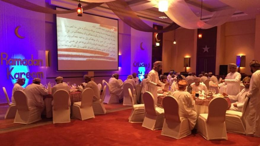 بنك عُمان العربي يقيم سلسلة من مآدب الإفطار لعملائه المميزين