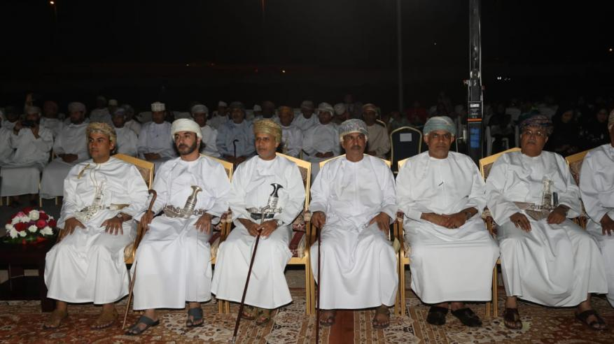 جانب من مدراء عموم بلدية مسقط المشاركين في حفل المديرية