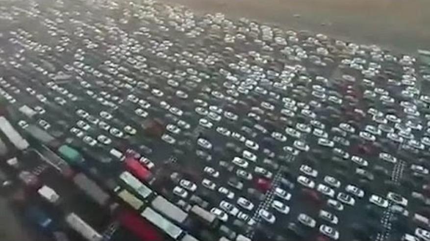 شاهد.. أكبر ازدحام مروري في العالم