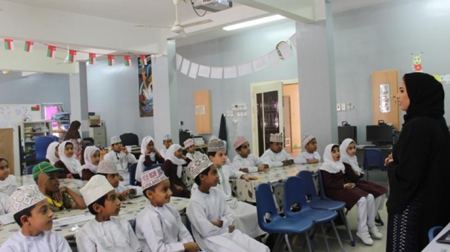 """""""حقوق الإنسان"""" تشارك بحلقة في مدرسة رحاب المعرفة"""