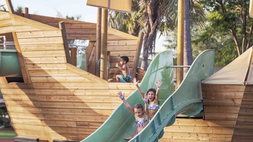 Al Bustan Palace - Family Aqua Land - Ritz Kids - Pool