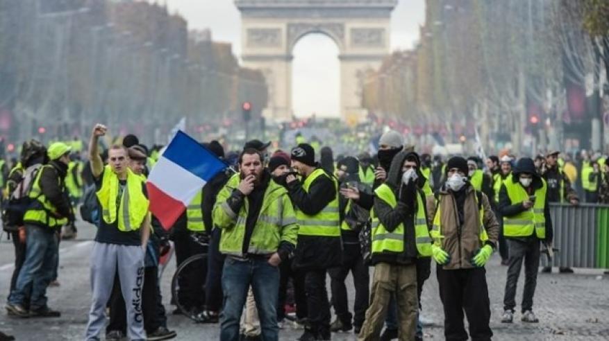 """""""خدمة"""" إلكترونية جديدة لاستئجار """"متظاهرين""""!"""