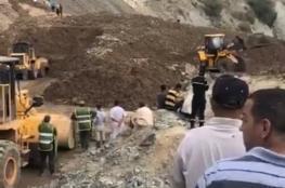 بالفيديو .. الأرض تبتلع سيارة بركابها في المغرب