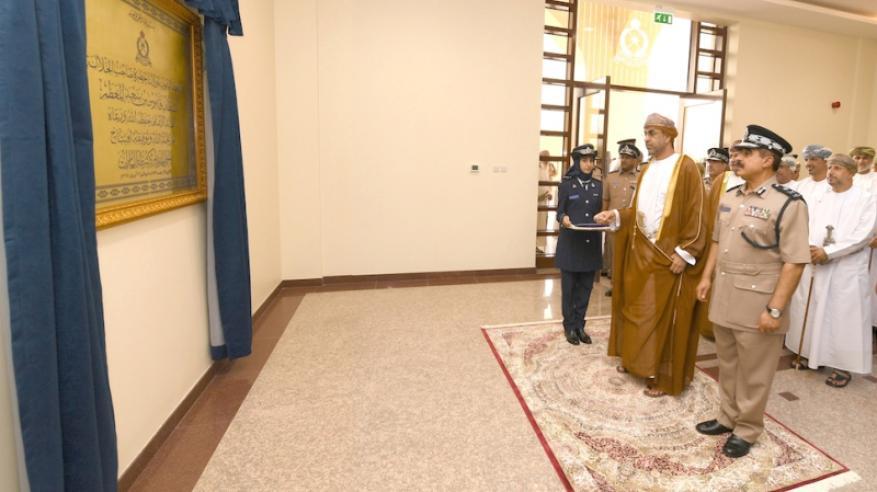 شرطة عمان السلطانية تحتفل بافتتاح المبنى الجديد لمركز شرطة العامرات1