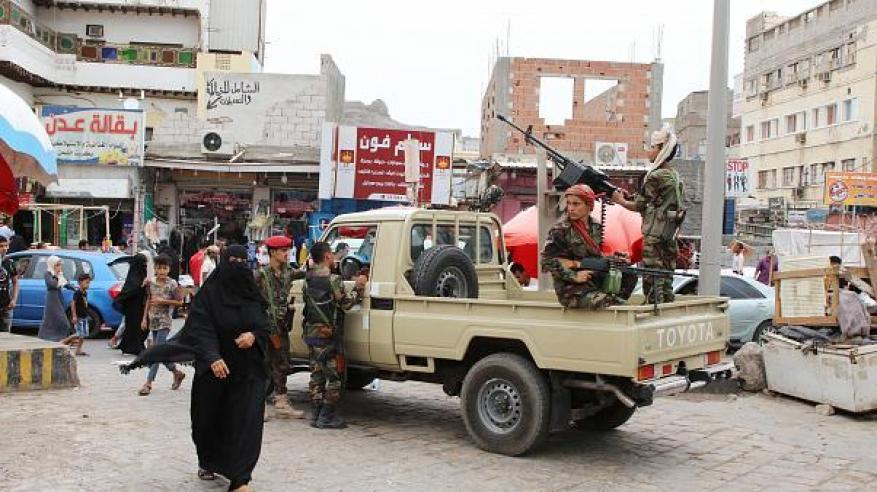 الإمارات تعلق على اشتعال القتال في عدن بجنوب اليمن