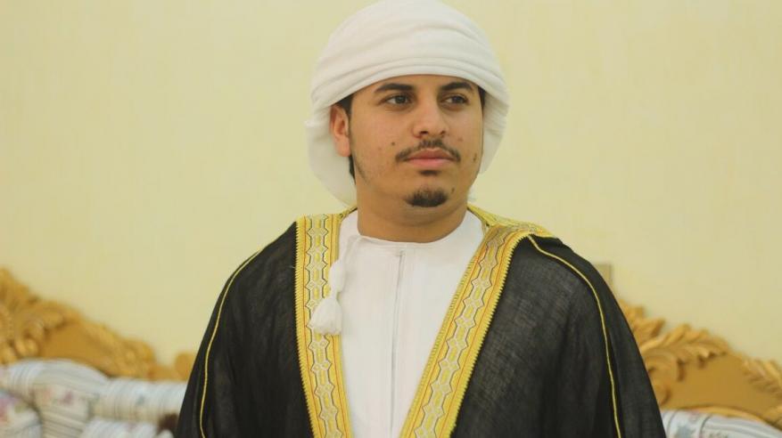 القارئ هزاع البلوشي: بركة القرآن أهم عوامل النجاح