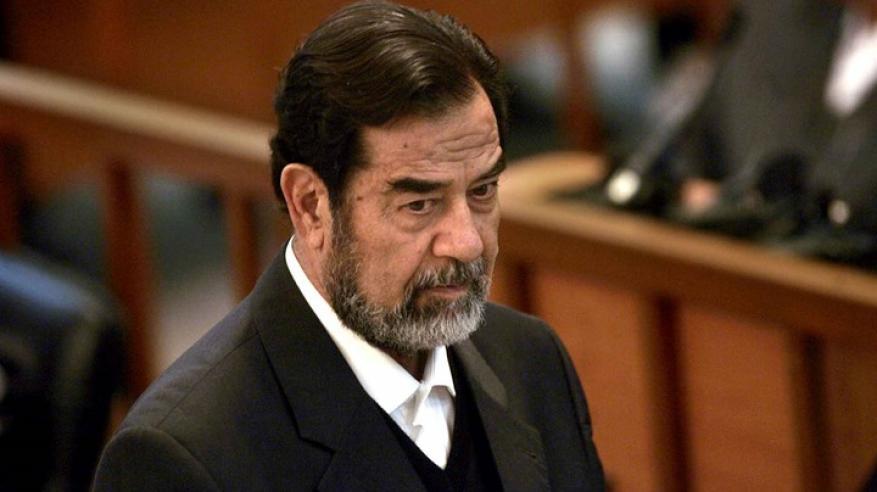 هندي يخسر 40 وظيفة بسبب صدام حسين