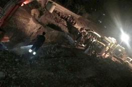وفاة عامل آسيوي إثر انهيار فلج بالرستاق