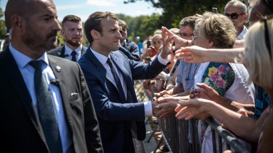 """فرنسا: ماكرون يُحكم قبضته على السلطة بـ""""برلمان قوي"""".. والأحزاب القديمة تفشل"""