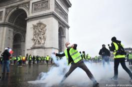 """محتجو """"السترات الصفراء"""" يرفعون سقف مطالبهم"""