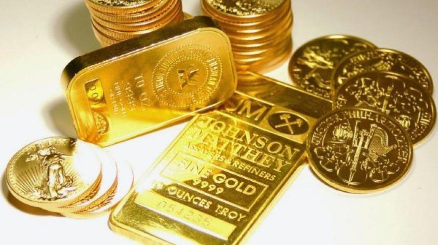 الضغوط على الدولار تصعد بالذهب
