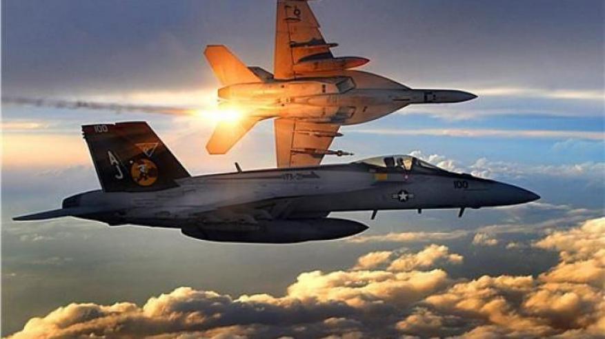 خمسة مفقودين بعد تصادم طائرتين عسكريتين أمريكيتين