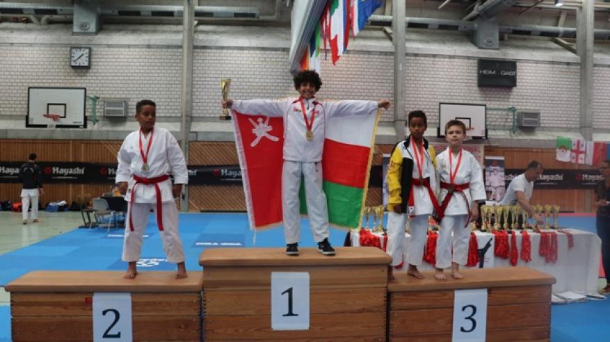 هشام البوسعيدي يتوّج بلقب البطولة الدولية للكاراتيه