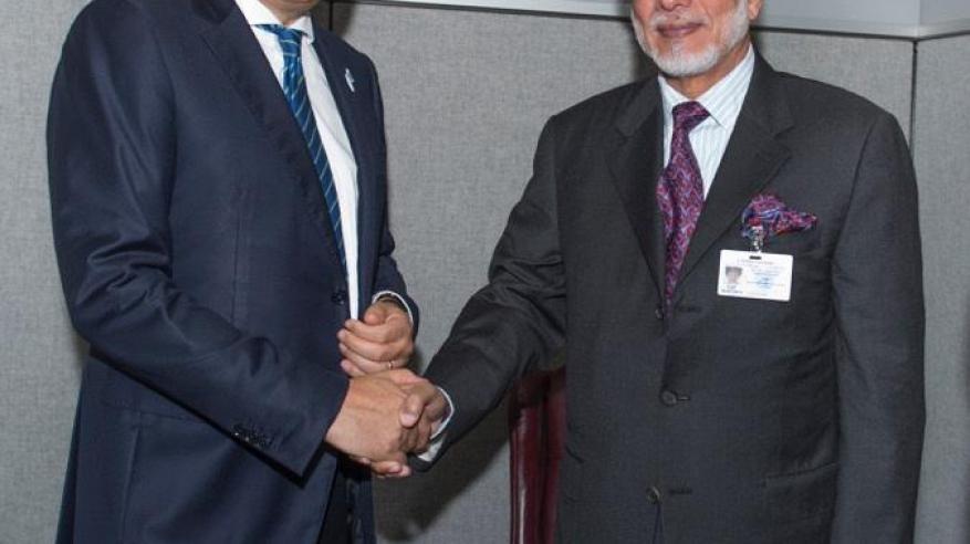 معالي يوسف بن علوي بن عبدالله الوزير المسؤول عن الشؤون الخارجية يستقبل ديديه رايندس وزير خارجية بلجيكا