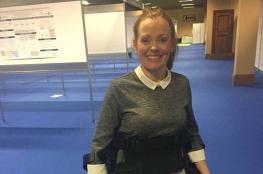 سترة الكترونية تساعد مرضى شلل الحبل الشوكي على المشي