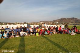 فريق المزاحيط يحتفل بتدشين ملعبه المعشب